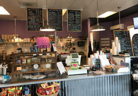 Established Juice bar, coffee, tea and smoothies and sandwiches