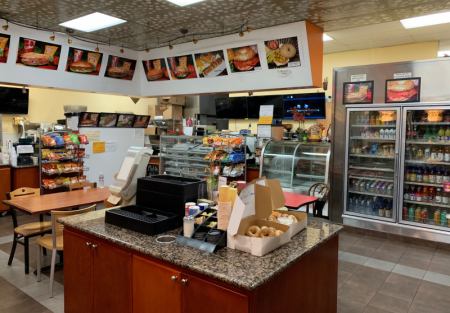 Bakery Cafe near lots of Office buildings in Sunnyvale