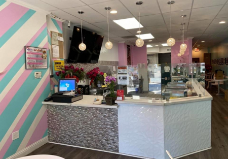 Rolled ice cream and Boba tea for sale in Downtown Morgan Hill
