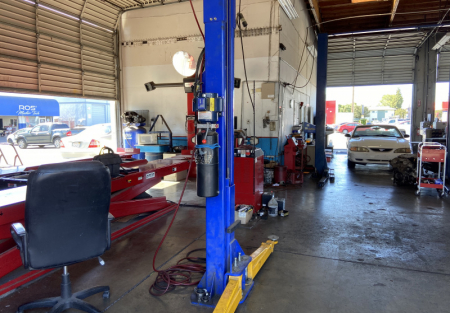 Established auto repair shop with 5 bay for sale in Stockton