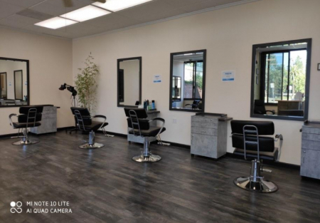 Hair salon with great ambience in upscale Menlo Park