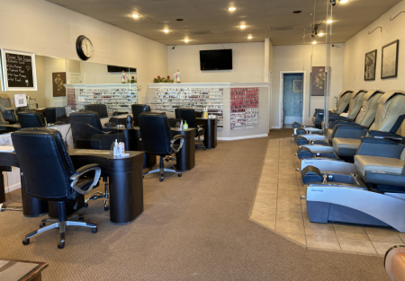 Established nail salon in Castro Valley off Redwood rd