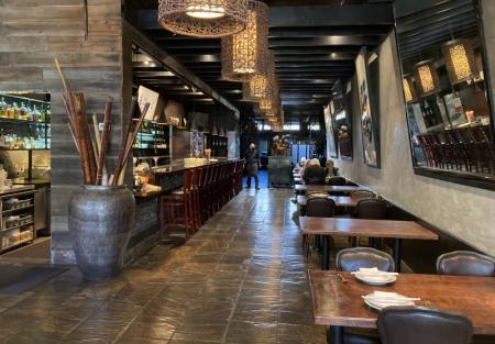 High Volume Full bar and restaurant for sale in Berkeley near the hill