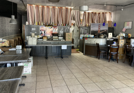 Fantastic restaurant with very good reviews in Fremont shopping center